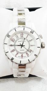 Jamtangan fortuner ori white - 150rb stainless steel, water resistant, free box made in japan