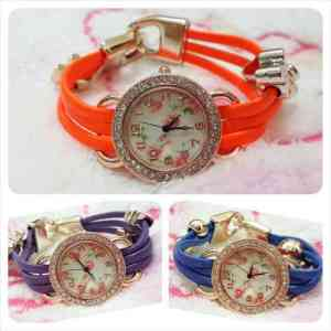 vintage girly watch - 45rb bahan tali leather ada aplikasi aksesoris ditali pj 20cm