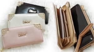 Dompet dior glossy - 80rb bahan kulit glossy, 4 slot uang, 4 slot kartu, 1 slot koin