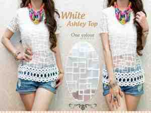 ip1217 white ashley top @65rb, bahan kasa combi blukat dan furing, fit L