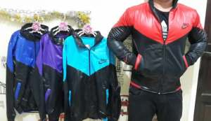 Jaket metalik nike cow - 60rb sz L55 P65 bahan latex metalik