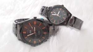 Jam tangan couple alba black list  red - 180rb, kw super, tali rantai dark grey, free 2 box dan 2pc batre cadangan